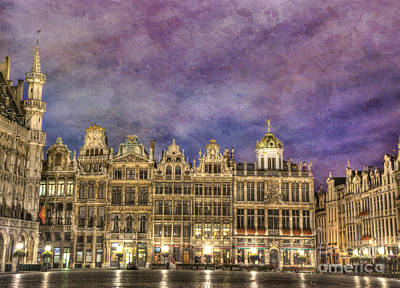 Brussels Photograph - Grand Place by Juli Scalzi