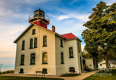 Express Way Photograph - Grand Traverse Lighthouse by Kathryn Smith