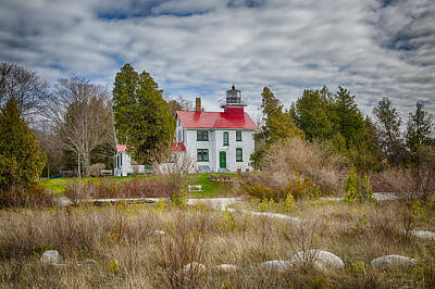 Photograph - Grand Traverse Lighthouse Michigan by Jack R Perry