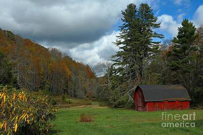 Lodes Photograph - Grandfather's Barn by Benanne Stiens