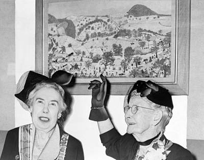 Bennington Photograph - Grandma Moses by Roger Higgins