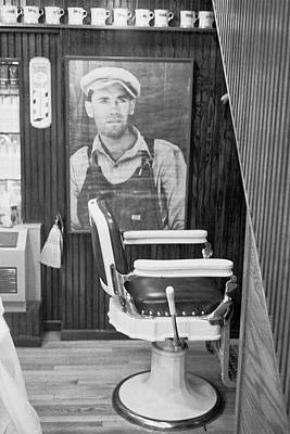 Photograph - Grapes Of Wrath Barber by Dave Beckerman
