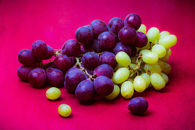 Grapes White And Red Art Print
