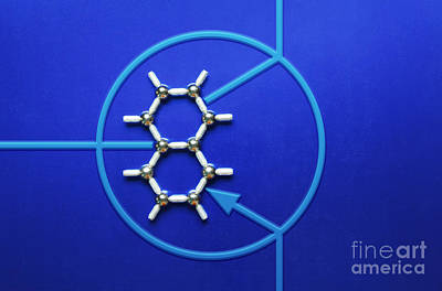 Photograph - Graphene Transistor by GIPhotoStock