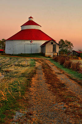 Laura James Photograph - Gravel Path To Round Barn by Laura James