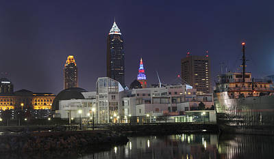 Lake Photograph - Great Lakes Science Center Cleveland Skyline by David Yunker