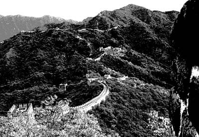 Photograph - Great Wall Of China At Mu Tian Yu - Beijing - Bw by Jacqueline M Lewis