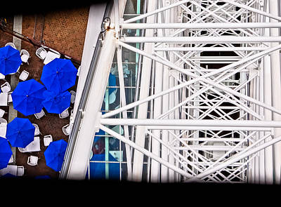 Photograph - Great Wheel And Blue Umbrellas by Ronda Broatch