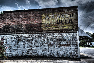 Greenville Photograph - Greeleyville Atlantic Beer by Bill Cantey