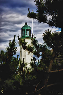 New England Lighthouse Digital Art - Green Copper Lantern Room On Scituate Lighthouse by Jeff Folger