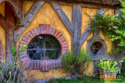 Photograph - Green Dragon Inn Windows by Sue Karski