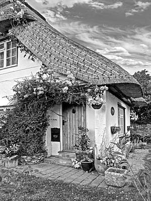 Photograph - Green End Thatched Cottage Bw by Gill Billington