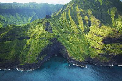 Green Kauai Cavern Print by Kicka Witte