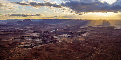 Photograph - Green River Overlook Rays by Dustin  LeFevre