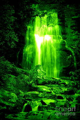 Photograph - Green Waterfall by Cynthia Mask