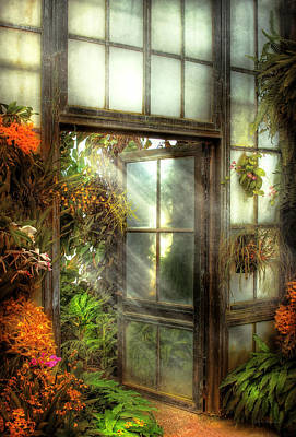 Floral Vintage Window Photograph - Greenhouse - The Door To Paradise by Mike Savad