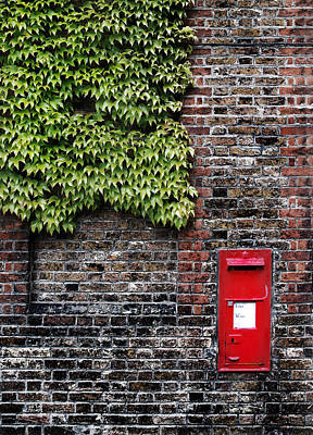 Greenwich Photograph - Greenwich Post Box by Mark Rogan