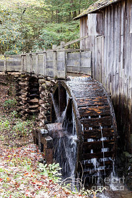 Photograph - John Cable Mill Waterwheel by Gene Berkenbile