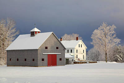 Print featuring the photograph Grey Barn by Larry Landolfi