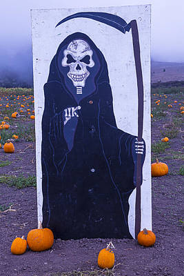 Halloween Sign Photograph - Grim Reaper Sign by Garry Gay