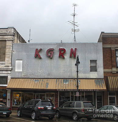 Grinnell Iowa - Kgrn Radio Station Art Print by Gregory Dyer