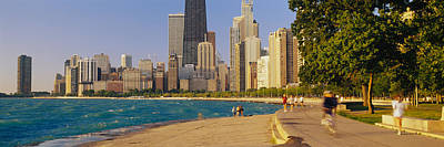 Jogging Photograph - Group Of People Jogging, Chicago by Panoramic Images