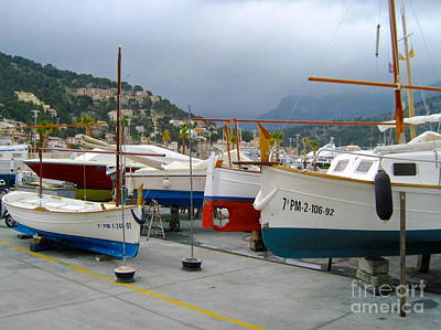 Photograph - Grouping Of Boats by Suzanne Oesterling