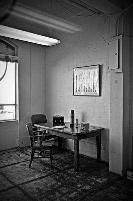 Guard Dining Area In Alcatraz Prison Art Print