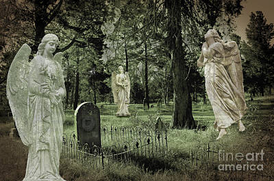 Digital Art - Guarding The Tombstone by Nareeta Martin
