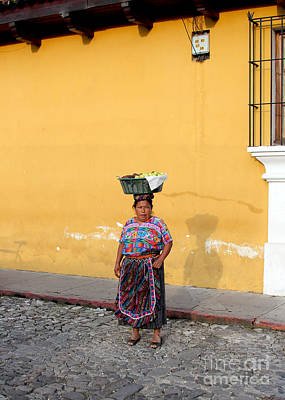 Guatemala Photograph - Guatemala Lady by Carey Chen