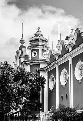 Guatemalan Architecture - Black And White Art Print by Shelby  Young
