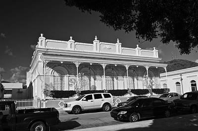 Photograph - Guayama Museum B W by Ricardo J Ruiz de Porras