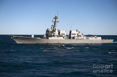 Germantown Photograph - Guided-missile Destroyer Uss Momsen by Stocktrek Images