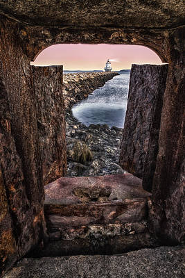 Ledge Photograph - Guiding Light by Susan Candelario