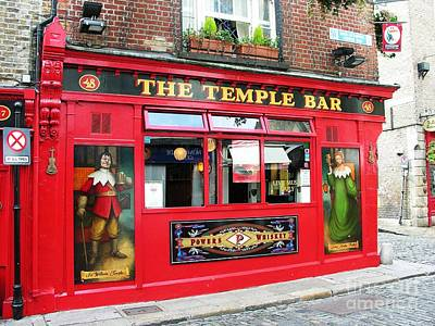 Temple Photograph - Guinness Is Good For You by Mel Steinhauer