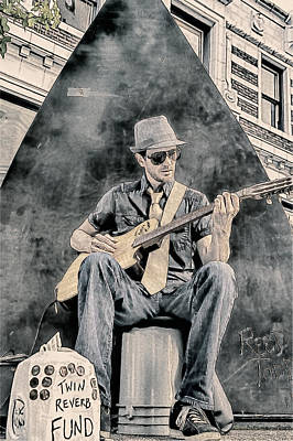 The Downtown Gallery Painting - Guitar Solo by John Haldane