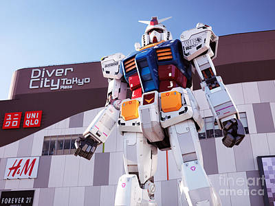 Giant Robot Photograph - Gundam Giant Statue In Diver City Tokyo Japan by Oleksiy Maksymenko