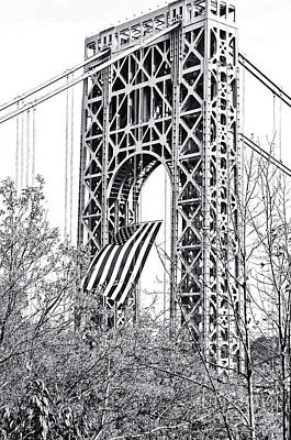 Gw Bridge American Flag In Black And White Art Print