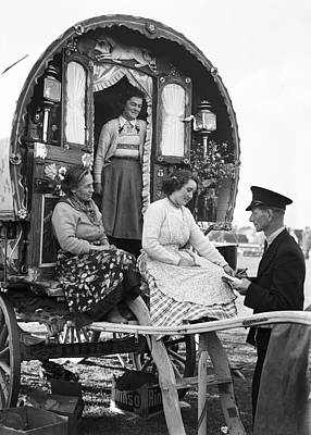Gypsy Wagon Photograph - Gypsy Decorated Wagon Galway 1952 by Irish Photo Archive