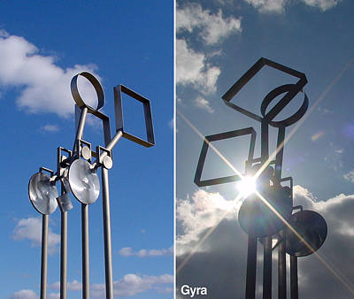 Sculpture - Gyra by Tom Brewitz