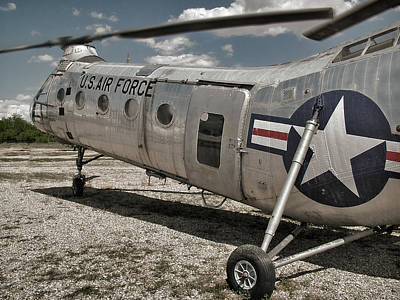 Photograph - H-21 Piasecki Boeing Vertol Workhorse Transport by Ken Smith