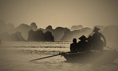 Silhoette Photograph - Ha Long Bay by Jose Carlos Fernandes