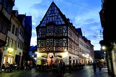 Photograph - Half-timbered Building In Mainz Aldstadt by Marilyn Burton