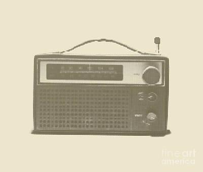 Digital Art - Halftone Transistor Radio by Igor Kislev