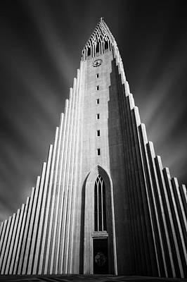 Lutheran Photograph - Hallgrimskirkja 1 by Dave Bowman