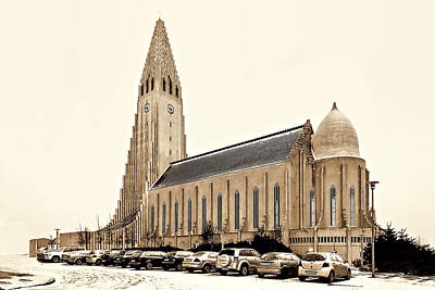 Photograph - Hallgrmskirkja Church by Maria Coulson