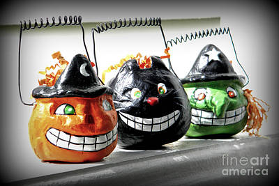 Photograph - Halloween Grins by Valerie Reeves