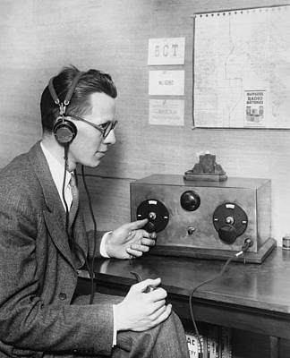 Electronics Photograph - Ham Radio Talks Coast To Coast by Underwood Archives