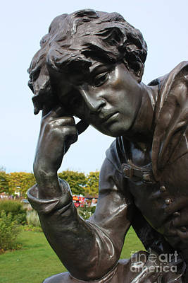 Photograph - Hamlet In Stratford Upon Avon by Terri Waters