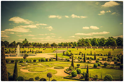 Photograph - Hampton Court Palace Gardens - The Knot Garden by Lenny Carter